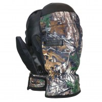 Ace-under-Mitten-Realtree