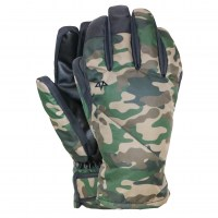 El-Nino-Under-Glove-Woodland-Camo
